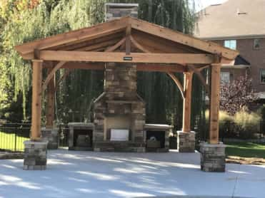 Stand alone outdoor gathering center: You can create an independent room in your backyard by setting up an outdoor gathering center.